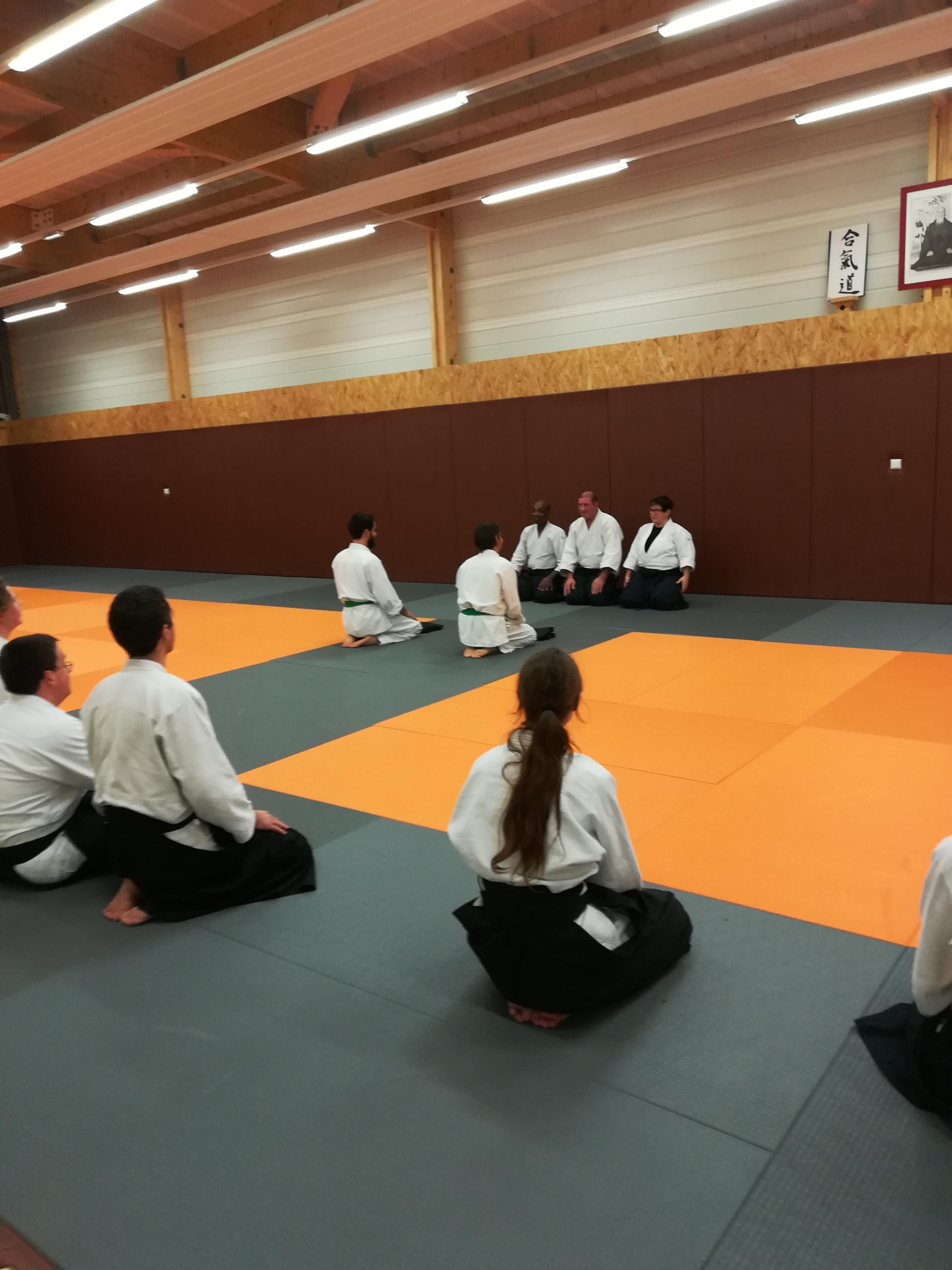 detailed look dd6e9 c5959 Deux nouveaux hakama au club ! - Aïkido   Club de Laval